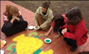 Group Drawing the Eight Auspicious Symbols