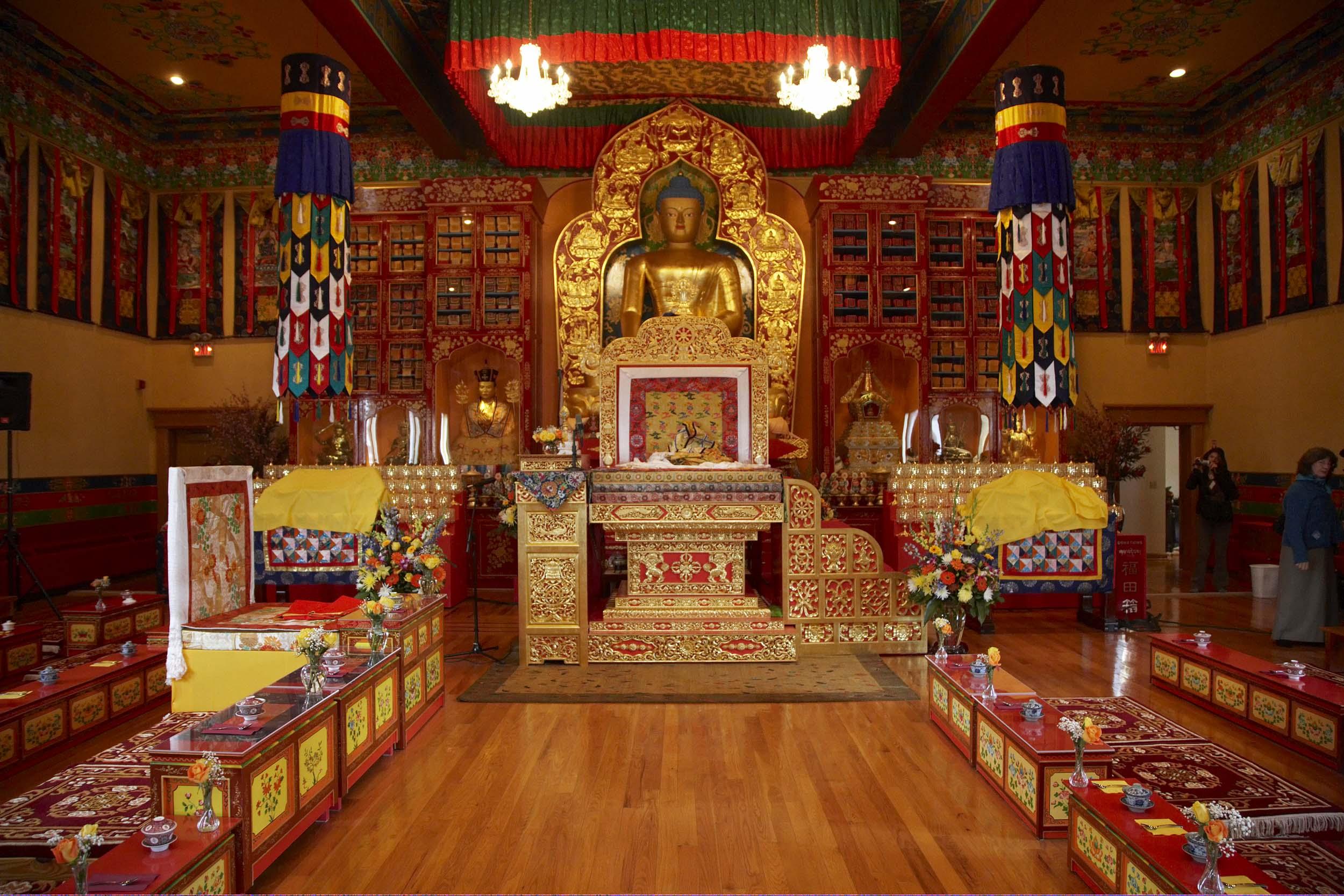 Khenpo Karthar Rinpoche The Shrine Builder Ktd Mandala News