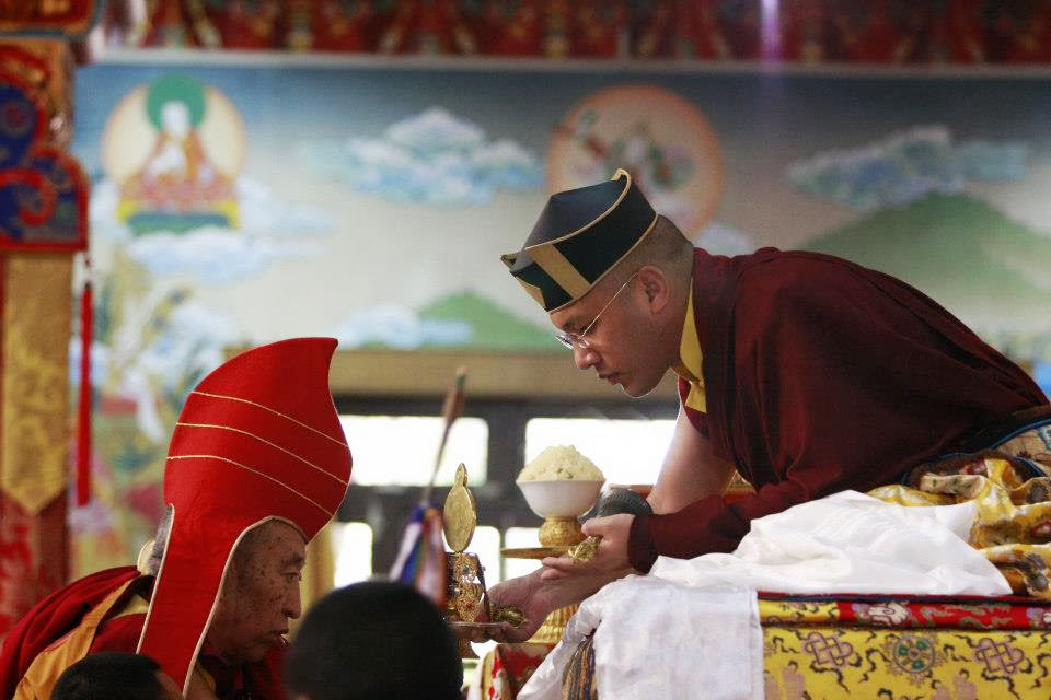 His Holiness accepting offerings from Thrangu Rinpoche, VVI, Sarnath, India, Feb, 2013. Photo by Karma Jangchup, VVFBP