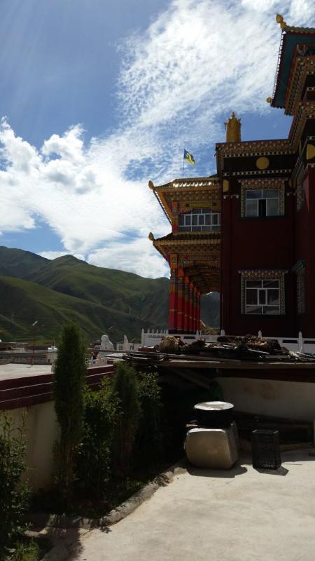 Side view, exterior, Damkar Monastery.