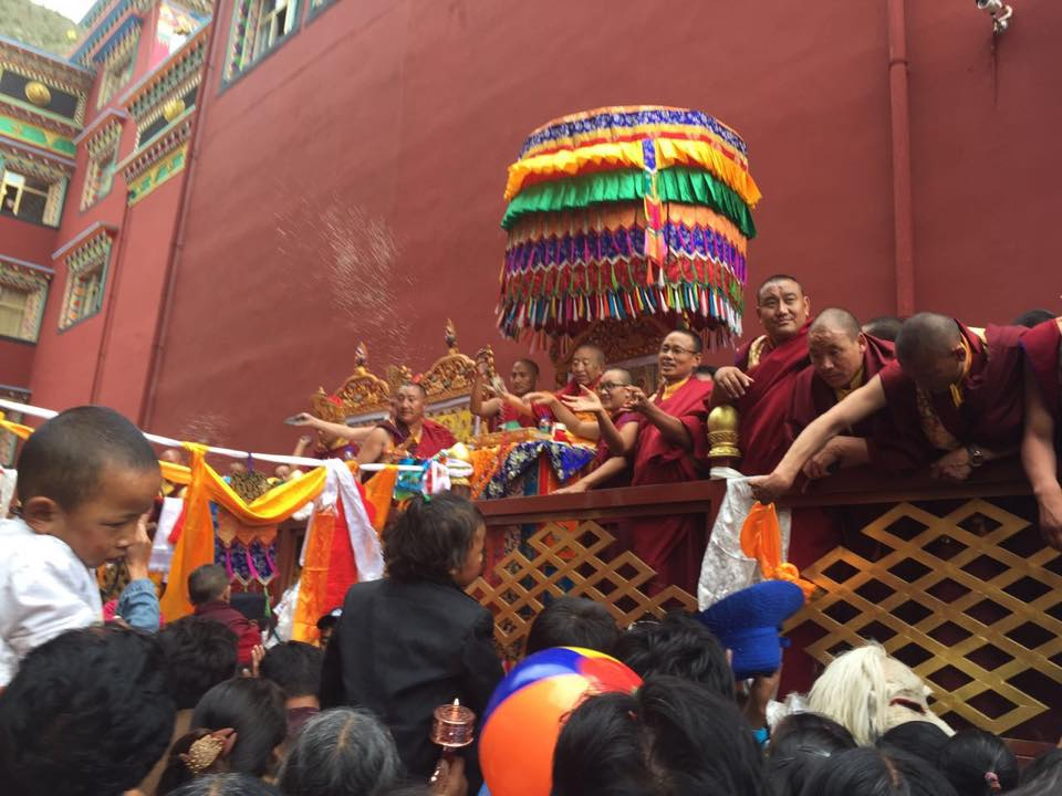 Zuri Rinpoche, Lodro Nyima Rinpoche and Thrangu Rinpoche offer empowerment and blessings to thousands and thousands of students at the grand opening